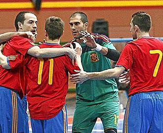 Jugadores espa�oles hablan sobre el campo.