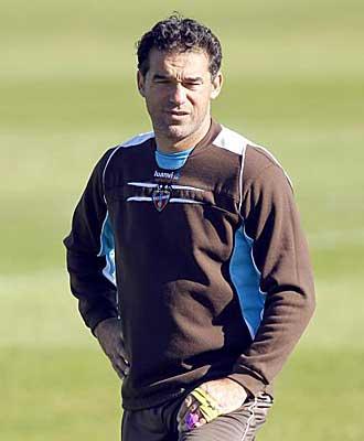 Luis Grac�a durante un entrenamiento del Levante.