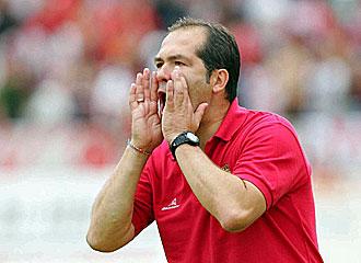 El entrenador serbio no ha tenido suerte en el conjunto riojano.