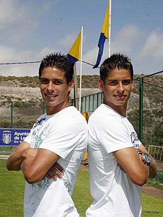 Sergio y Francis Suárez, durante un reportaje para Marca de la pasada temporada, cuando aún compartían vestuario en Las Palmas