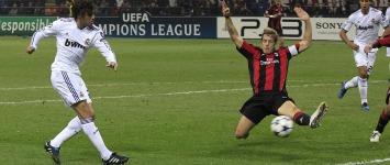 Pedro Le�n marc� el tanto del empate (2-2)