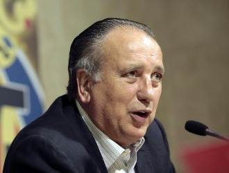 Fernando Roig, en una conferencia de prensa.