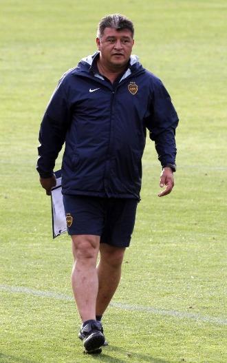 El t�cnico de Boca Juniors, Claudio Borghi, en un entrenamiento