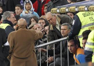 Mourinho tuvo que ver buena parte del encuentro ante el Murcia desde la grada
