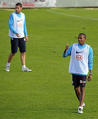 Mario Suárez y Assunçao, en un entrenamiento.