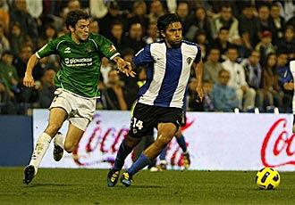 Abel Aguilar, durante el partido ante la Real Sociedad