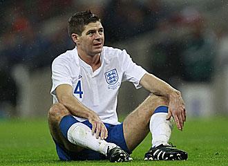 Steven Gerrard durante el Inglaterra-Francia.