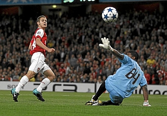 El Arsenal gole� en la ida por 6-0.