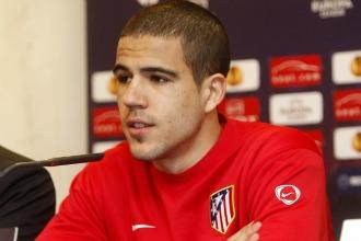 �lvaro Dom�nguez en rueda de prensa.