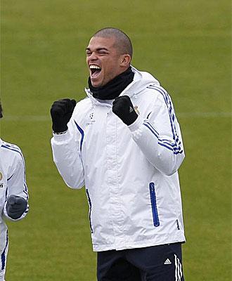 Pepe, en un entrenamiento del Real Madrid.