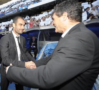 Juande y Guardiola se saludan antes del 2-6
