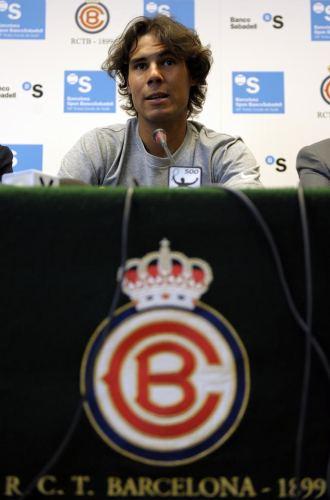 Rafa Nadal durante una rueda de prensa el a�o pasado en Barcelona.