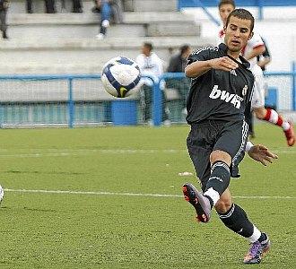 Jes� Rodr�guez, durante un partido con el Real Madrid juvenil A esta temporada.