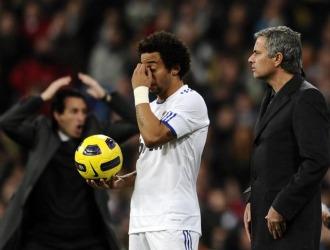 Emery, Marcelo y Mourinho, durante el choque
