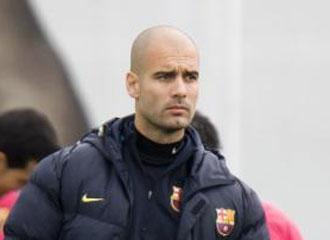 Guardiola durante un entrenamiento.