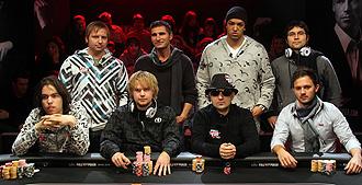 Los ocho miembros de la mesa final.