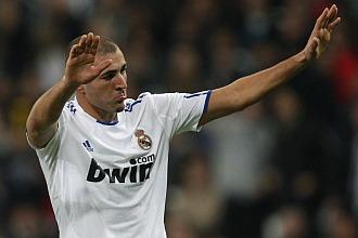Benzema aprovech� su oportunidad ante el Auxerre