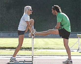 C�sar P�rez, en un entrenamiento con Marta Dom�nguez