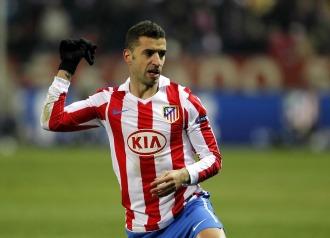 Simao, en un partido con el Atlético
