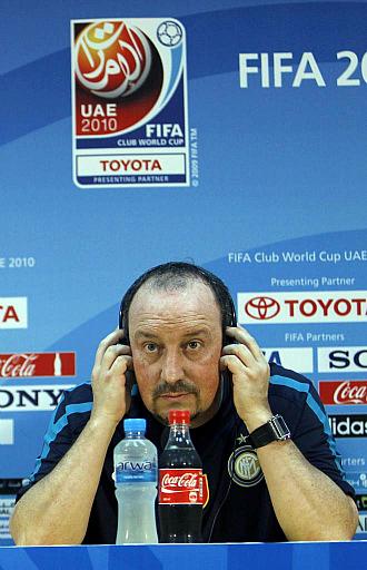 Ben�tez atiende a los medios de comunicaci�n en la v�spera de la semifinal del Mundial de clubes.