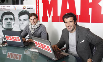 Casillas y Figo, en la redacci�n de MARCA.