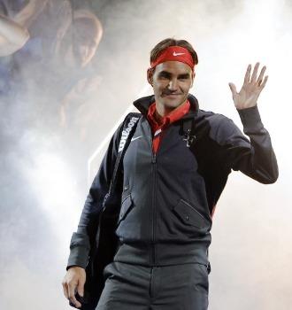 Federer salta a la pista