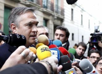 Astiazar�n atiende a los medios a la salida de la Audiencia Nacional