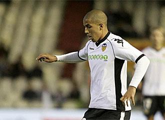Feghouli durante un partido con el Valencia.