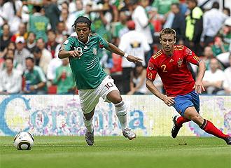 Dos Santos durante el partido México - España del pasado verano.