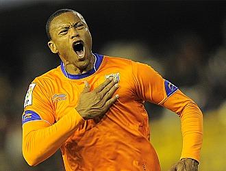 Baptista celebra el gol conseguido en Valencia