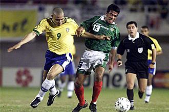 Ronaldo, durante un partido contra México, en esa Copa de América de 1999