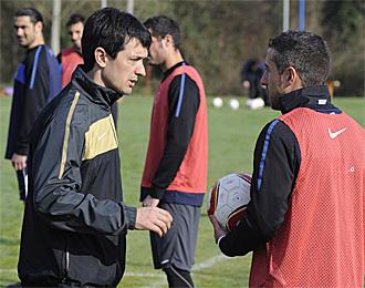 Pacheta, en un entrenamiento del Oviedo
