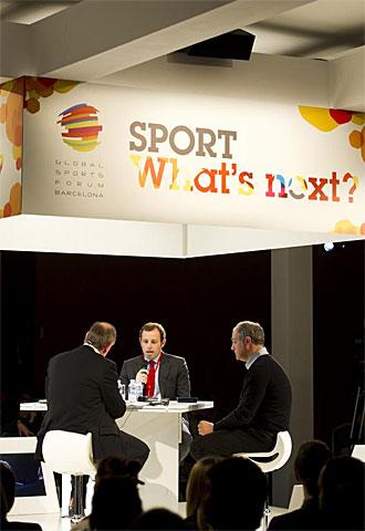 Rosell y Zubizarreta durante su conferencia en el III Global Sports Forum Barcelona 2011.