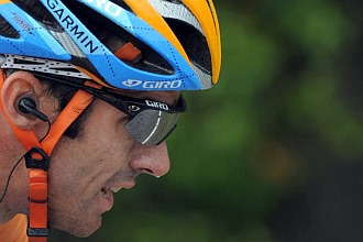 Image result for ciclismo con auriculares