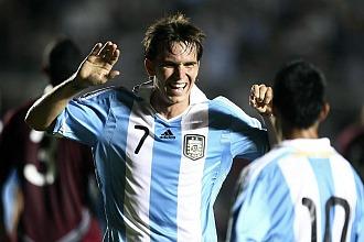 Pablo Mouche celebra uno de sus goles