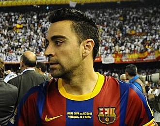 Xavi, contrariado tras el pitido final.