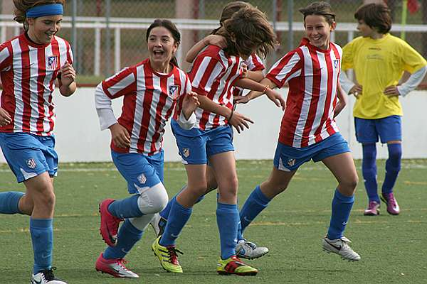 335e2c803828d Las chicas del Atleti lo ganan todo - MARCA.com