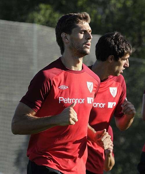 Javi Martínez and Llorente return to training - MARCA.com (English ...