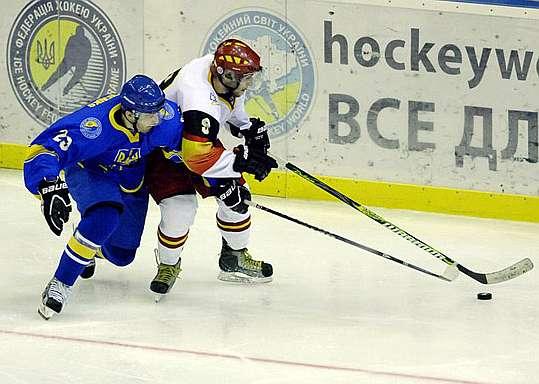 Hockey sobre hielo 1352483270_extras_mosaico_noticia_1_g_0