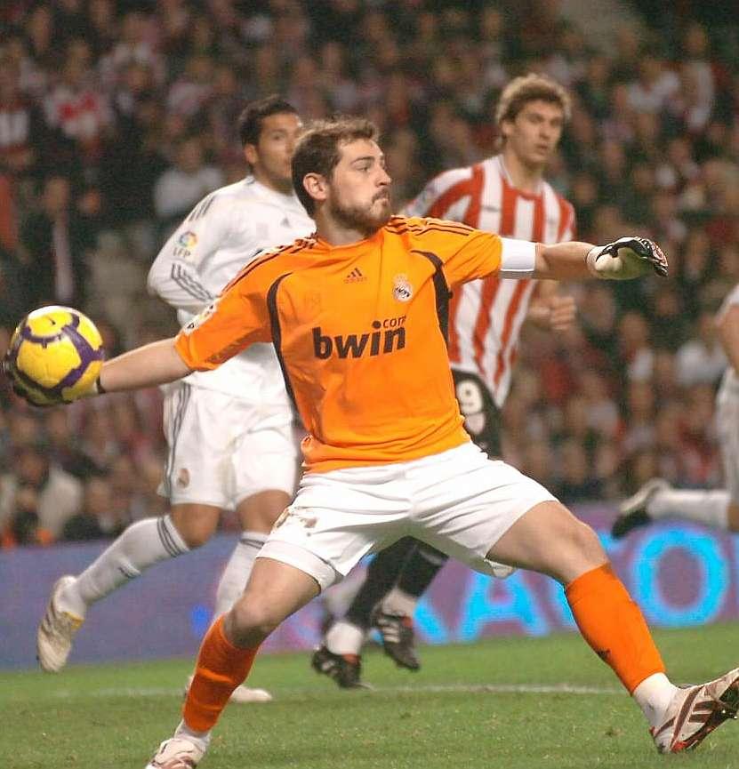 Marca Com English Version: Iker Casillas: The 'lion Tamer'