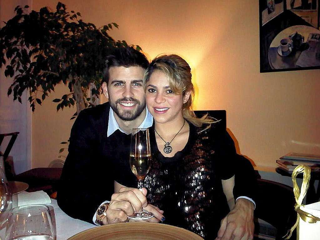 Milan Piqu  233  Mebarak  camiseta y carnet de socioHijo De Shakira Y Pique
