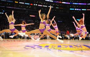 Los Lakers toman impulso