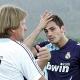 Schuster: Iker merece crédito, salió del once por una lesión