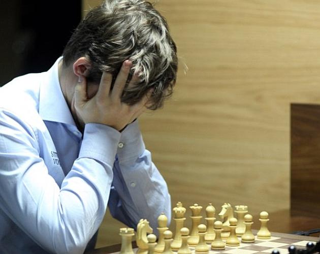 Carlsen se enfrentará a Anand por el título mundial