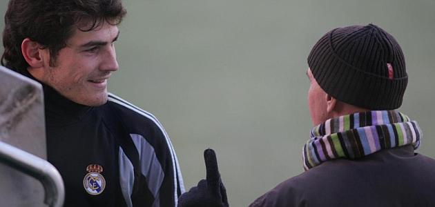 Sacchi da marcha atrás: Iker entrenaba bastante bien