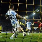 Los goles del Dortmund-M�laga en 3D