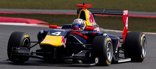 Sainz Jr.: En Red Bull, si no tienes contento al jefe Marko...