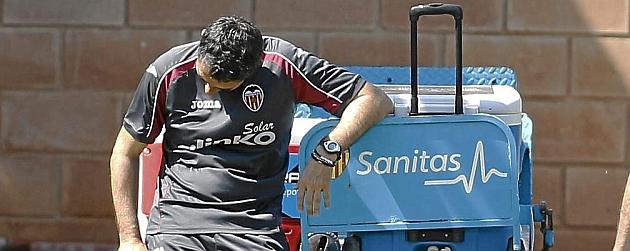 Ernesto Valverde descansa en la jornada de este viernes en Paterna / JOSÉ ANTONIO SANZ (MARCA)