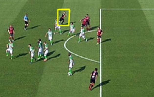 Teixeira Vitienes anul� un gol legal de T��ez