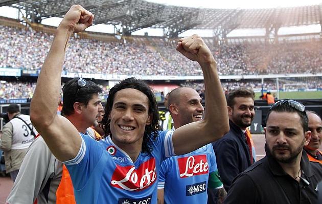 El Nápoles celebra la Champions y el Siena se va a Serie B